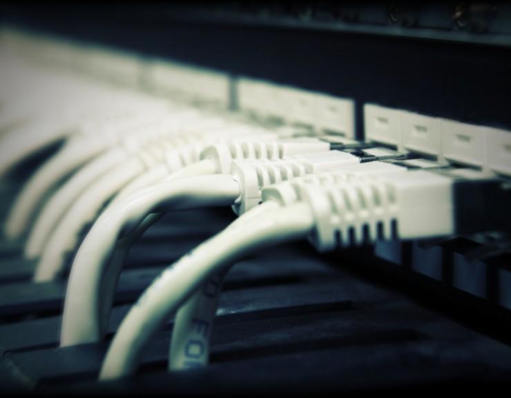 Entenda a importância do no-break para sua rede.